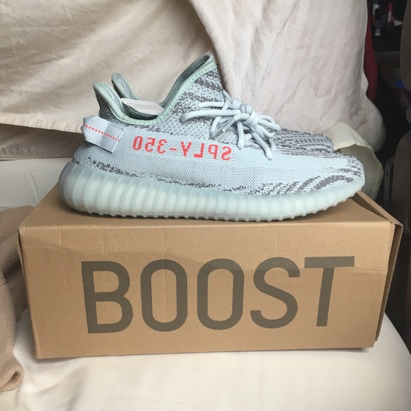 YEEZY BOOST 350 V2 Blue Tint Release Date